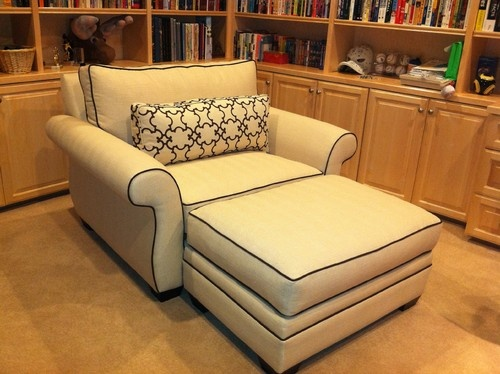 Traditional oversized chair and good books on pinterest for Comfy armchair with ottoman