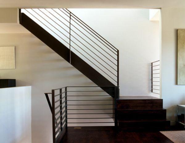 http://decoradvisor.net/wp-content/uploads/2012/10/b70c8__A-modern-metal-handrail.jpg