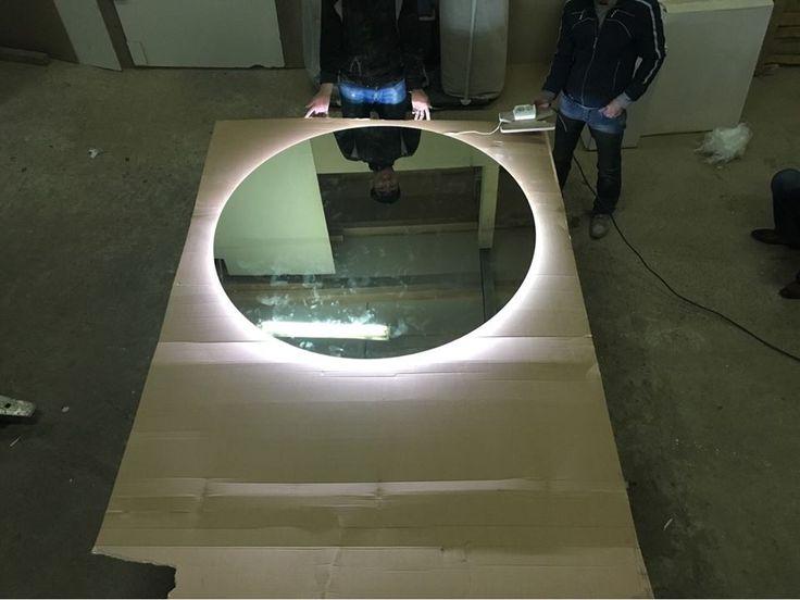 Мы создаем самые красивые зеркала с подсветкой для ванных комнат по индивидуальному дизайну! От роскошных со сложным декором до более простых минималистических моделей! Любые цвета, формы и способы отделки зеркального полотна! Для ванных комнат мы так же рекомендуем использовать систему от запотевания. г. Щатура ул. 40 лет октября д. 25