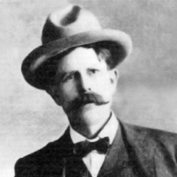 Tom Horn  Lawman, scout, soldier, hired gunman, detective, outlaw and assassin BELIEVE IT OR NOT HE DIED ON A HANGMANS NOOSE