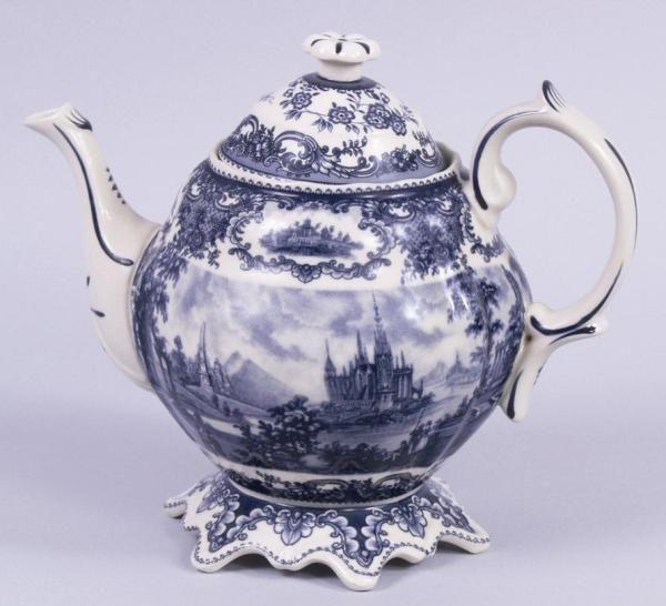 Blue Toile Teapot Victorian Castle Porcelain