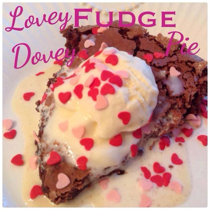 LOVEY DOVEY FUDGE PIE Each slice (without ice cream) is 5 WW+ points and 182 calories! Serves 12 Prep Time - 5 min Cook Time - 30 min Total Time - 30 min Ingredients 8 tbsp unsalted butter 2...