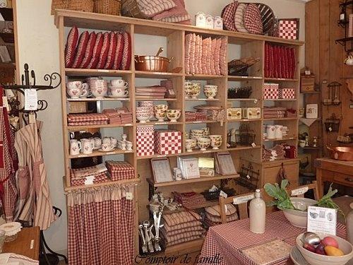 Collection mamie carreaux comptoir de famille pinterest - Fauteuil comptoir de famille ...