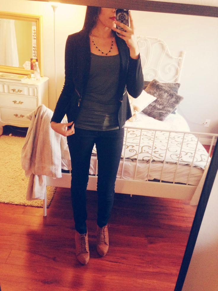 Cute outfits for receptionists! Work outfits Pinterest