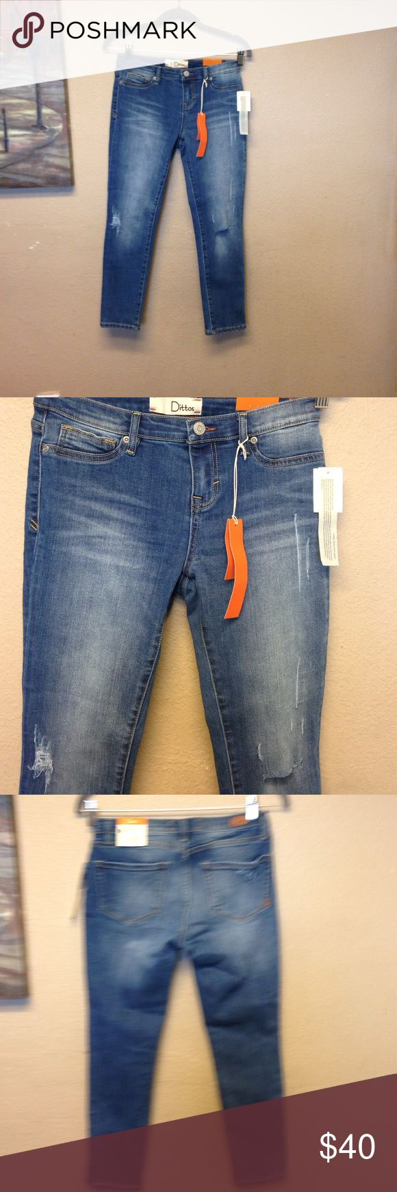 Dittos jeans Blue Taylor calypso destructed/ new with tags dittos Jeans Skinny