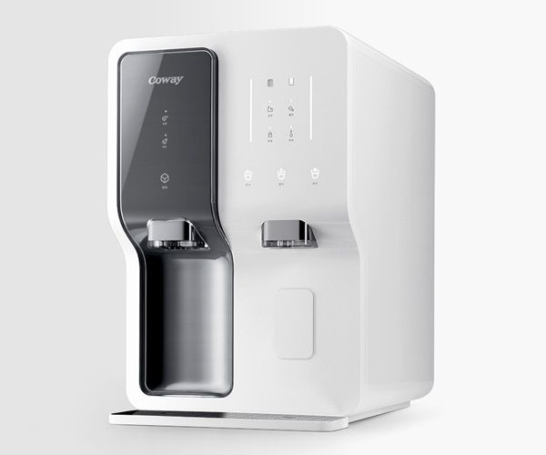 ICE+WATER by Seung-woo Kim - Ice+Water has been designed to be installed in kitchens and to provide clean drinking water and pure ice. With just a single touch you can extract both hot and cold water and even pure ice without delay. | Yanko Design