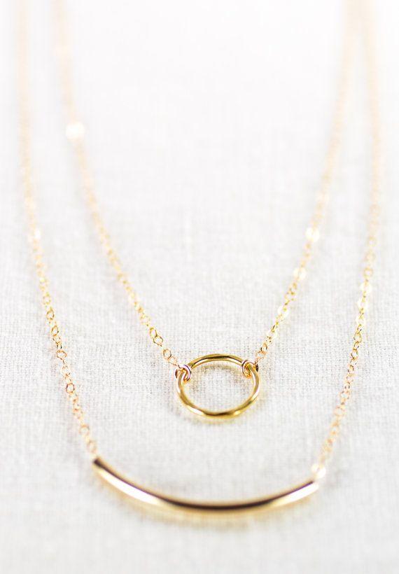 Hoi! Ik heb een geweldige listing gevonden op Etsy https://www.etsy.com/nl/listing/112186675/kameli-necklace-double-layered-14k-gold
