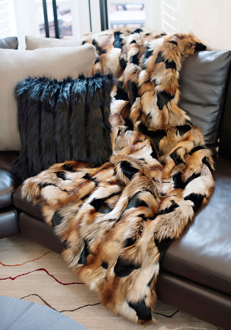 1000 ideas about fur throw on pinterest faux fur throw fur blanket and fur bedding. Black Bedroom Furniture Sets. Home Design Ideas