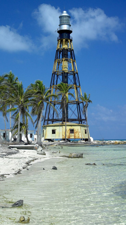 Cuba, Cayo Jutias Lighthouse- by valdagua