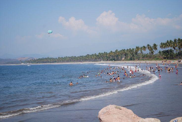 Ixtapa (oficialmente Ixtapa Zihuatanejo) es un resort de playa localizado en el municipio de Zihuatanejo de Azueta, en el estado mexicano de Guerrero. Es un complejo turístico planificado por el Fondo Nacional de Fomento al Turismo en 1968 con el fondo especial otorgado por el Banco de México para la creación de nuevos destinos turísticos …
