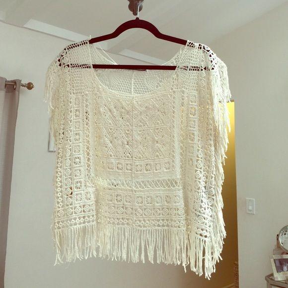 Zara crochet top. Great for COACHELLA! Adorable Zara crochet top with fringe on the bottom. Great condition! Zara Tops