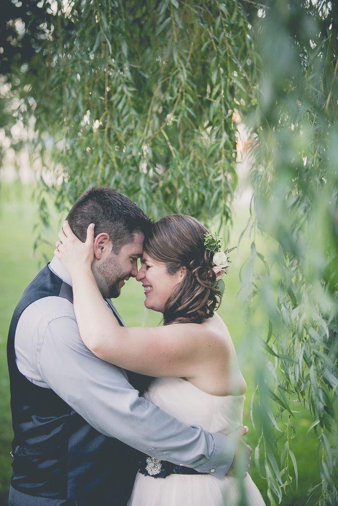 Bear Estate Wedding Photography Review of Sophia Lemon | Wedding bouquet | pink | flowers | bride | wedding | colour | green | ribbon | collingwood | ontario | photographer | romantic