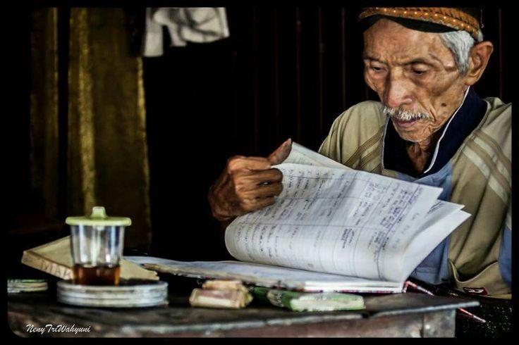 Guest book keeper at Imogiri Jogjakarta.