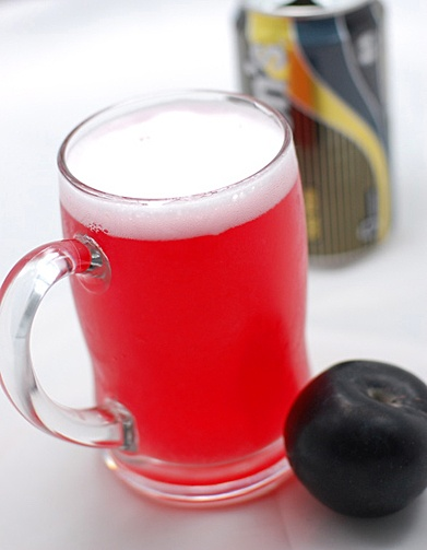 PLUM AND GINGER SODA ()