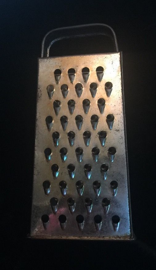 Vintage Bromco Grater 4 Sided Veg/Cheese Rusty Worn Metal Prim Farmhouse Decor  | eBay