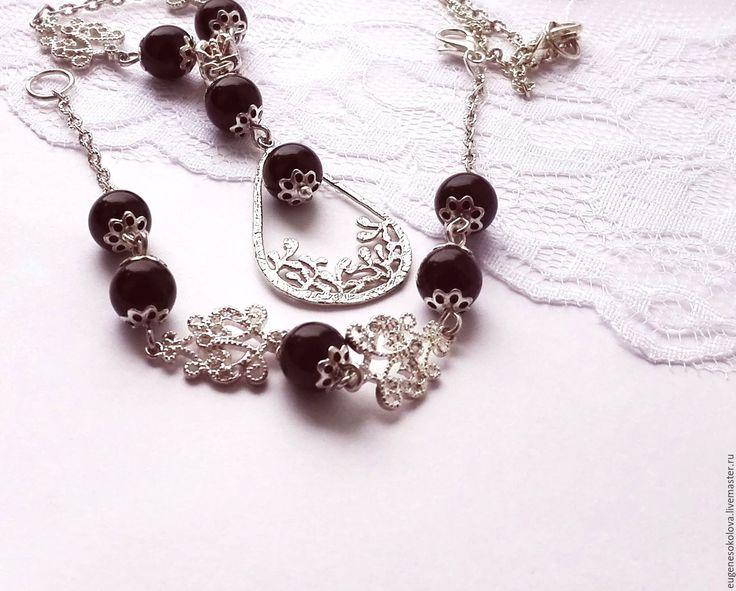 Купить Комплект Кружева колье и браслет, подвеска с черным агатом - черный, серебристый, серебристый цвет