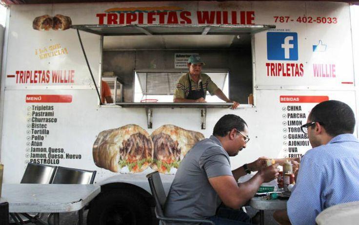 ¡Tripletas Willie resuelve la vida de universitarios! Mira el vídeo: http://www.sal.pr/2014/03/02/tripletas-willie-resuelve-la-vida-de-universitarios-en-cupey/