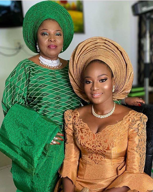 Mother of the bride and bride #Asoebi #AsoebiSpecial Mua @beautybyqueen | Fashion, Fashion inspo, African fashion