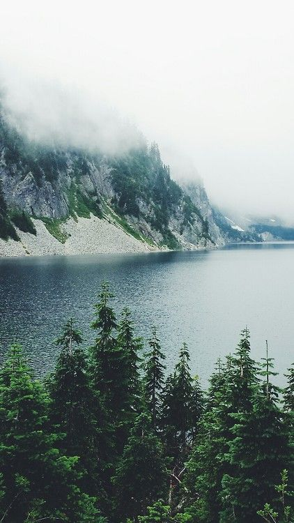 Snow Lake, Snoqualmie Pass, WA One of the best hikes I've done :-)