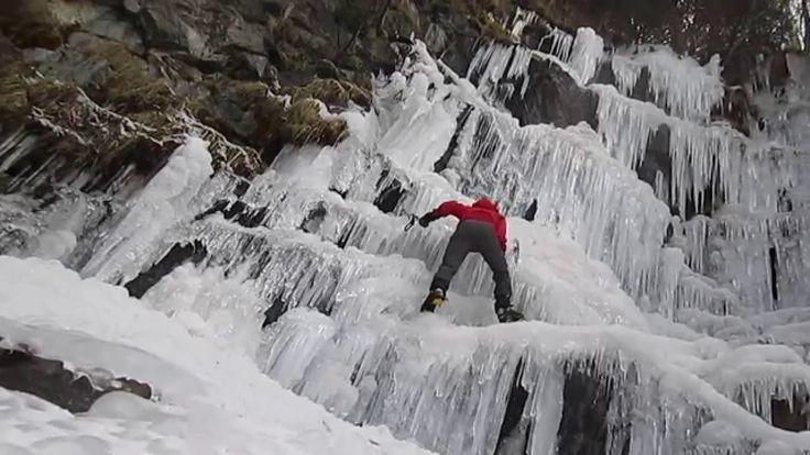 Escalada en hielo. El Serrat (Principat d' Andorra)