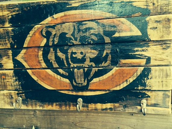 Chicago Bears Vintage Wall Hanging by WoodWorksByDaniel on Etsy, $47.00