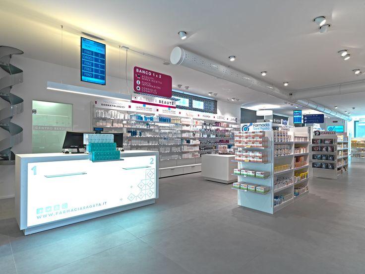 Farmacia Sant'Agata: semplicità, ordine e tecnologia.