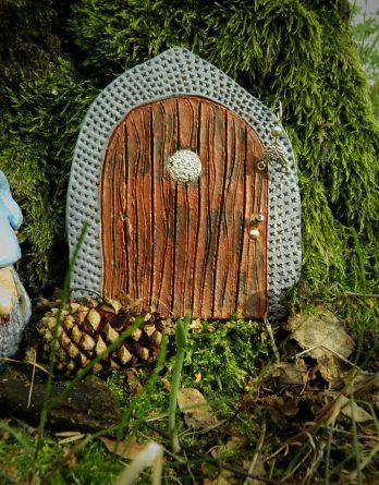 Dekoracja ogrodu, doniczki, pokoju. Bajkowe drzwi dla elfa, wróżki. Gliniane, ręcznie robione.