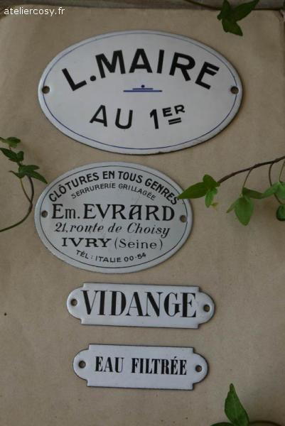 Plaques émaillées anciennes Brocante de charme atelier cosy.fr