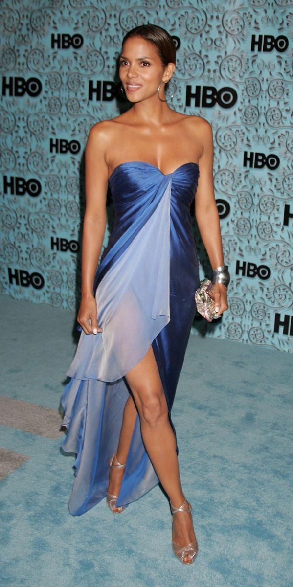 2005 Emmy Awards - Halle Berry in Emanuel Ungaro