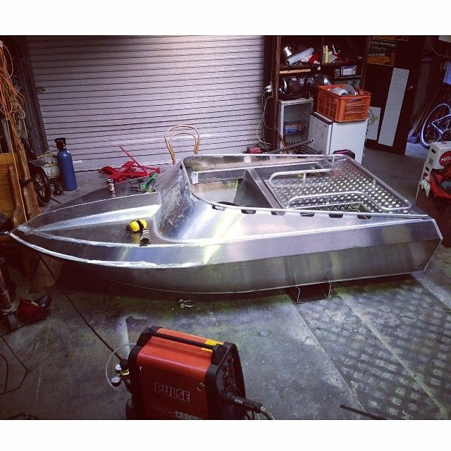 Some Sunday fabrication on the #jetdinghy #pisscans #jetboatingnz
