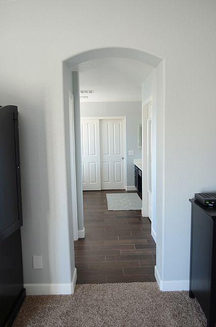 Floor tile (ceramic) that looks like wood!!!