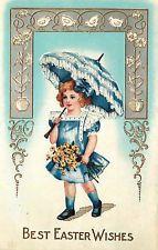 выбитый Пасхальная открытка маленькая красивая девочка в голубом платье w / синий зонтик