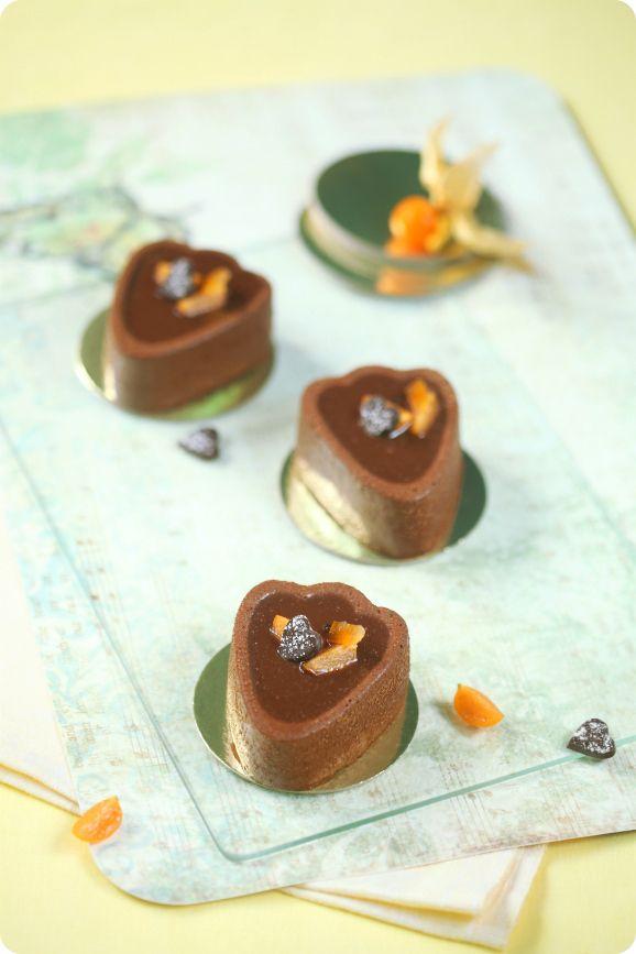 Verdade de sabor: Шоколадно-апельсиновые пирожные с фундуком / Mini tortas de chocolate e laranja com avelã