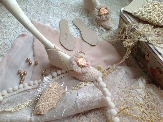 Кукольная мастерская ANNADAN: Сказочные кукольные туфельки... работаю...