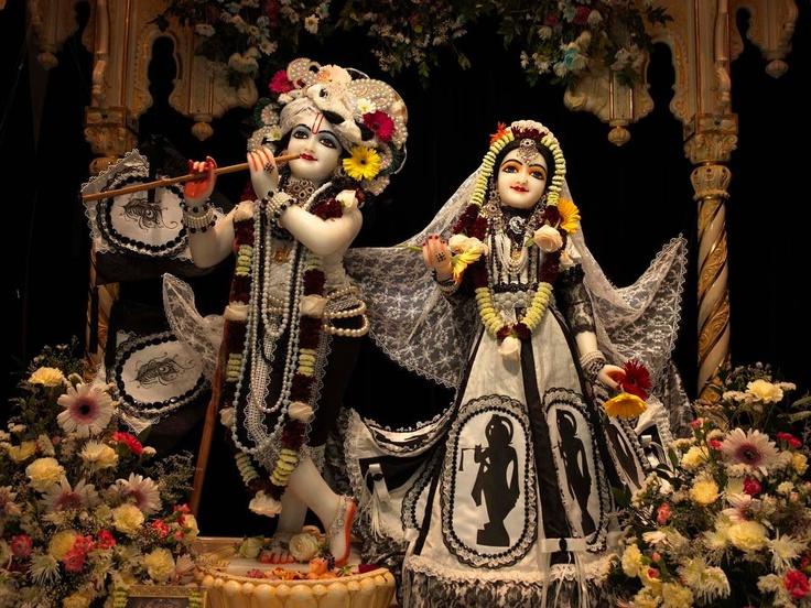 575874_10151325801875423_1053307084_n.jpg (960×720) Sri Sri Radha Radhanatha ISKCON Durban via BCAIS