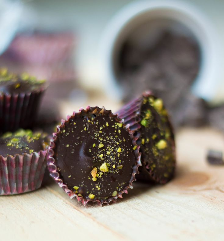 Chocolate Cashew Butter Cups. #movementmenu #jerf #candy #treats #nutbutter #cleaneating
