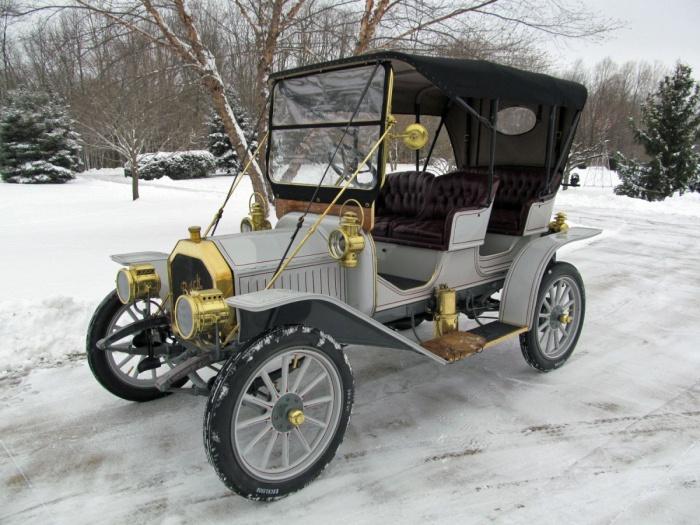 1910 Buick Model 10 Surrey Convertible Buick Motor