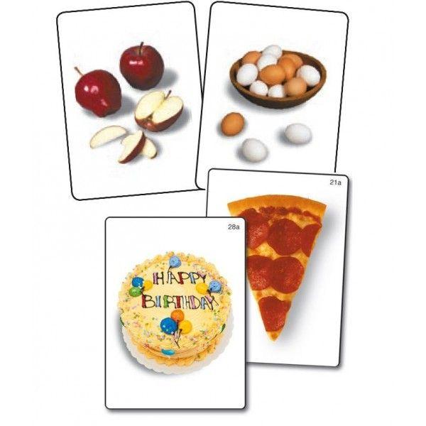 32 coppie di schede (62 schede in totale) utile per descrivere, confrontare e discutere sulle differenze dei vari alimenti.Foto su sfondo bianco.