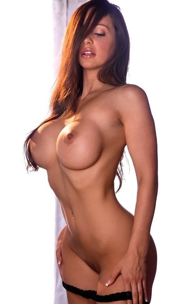Something Sexy fit nude babe right!