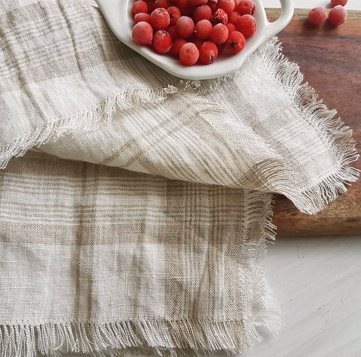 Checkered organic linen napkins set 6 | Dye-free pure linen napkins | Rustic linen napkins with fringes | Soft linen napkins | Eco napkins by DejavuLinen on Etsy