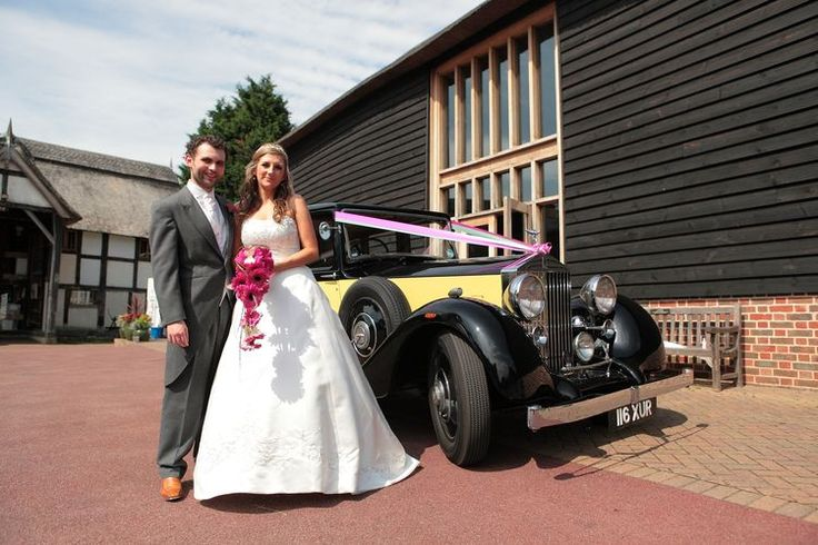Wedding arrival image at The Friars, Aylesford