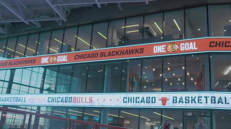 Earlier today, The United Center Joint Venture officially opened its new east addition, which includes an atrium and relocated offices!   Take a look:
