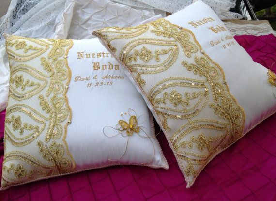 Personalized Wedding Kneeling Pillow set 2/ Set by WEDDINGLASSOS, $85.00
