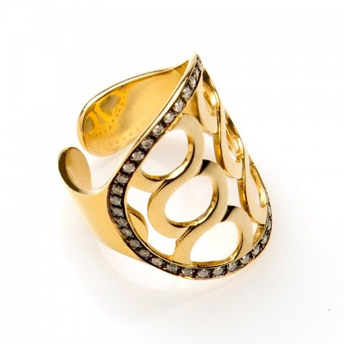 KATI ring -Precision-crafted KATI ring, featuring a geometric motif and brilliant cut Diamonds in an 18 karat yellow Gold setting. By Kathaline Page-Guth.