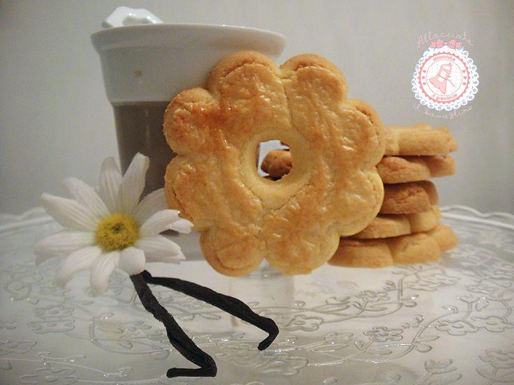 I biscotti più buoni del mondo...i canestrelli...sono talmente facili e veloci da preparare che i vostri bambini non ne potranno più fare a meno.