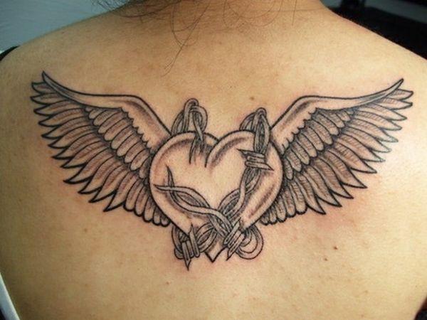 rücken tattoo motive herz mit flügeln draht