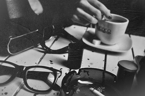 #coffeeCoffee Shops, Coffe Time, Glasses, Cups Of Coffe, Black White, Vintage Coffee, Black Coffe, Photography, Coffe Shops