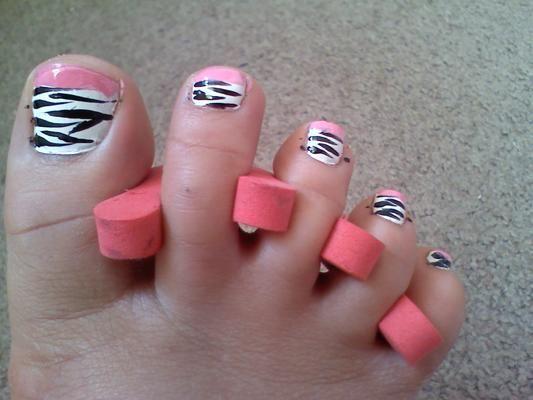 Zebra Pedicure Designs
