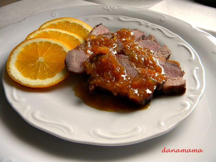 Piept de rata cu sos de portocale