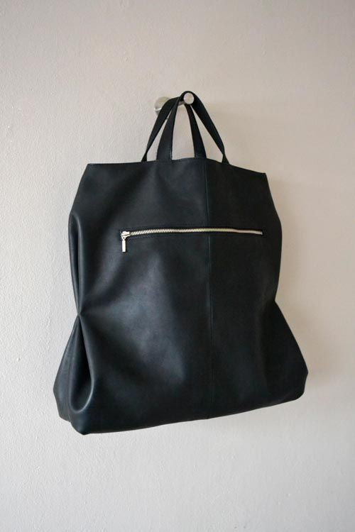 Foldaway Tote - Little Black Boston by VIDA VIDA k41XC